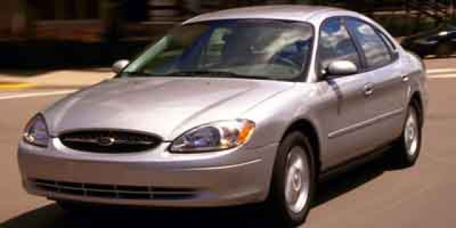 Pre-Owned 2001 Ford Taurus SE